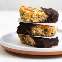 Raw Apricot and Ginger bars